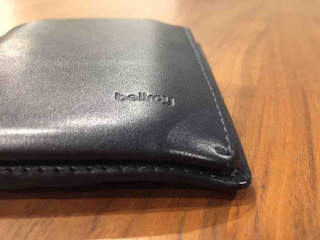 【ベルロイ・ノートスリーブのレビュー】ミニマリストの理想の財布はコレ!